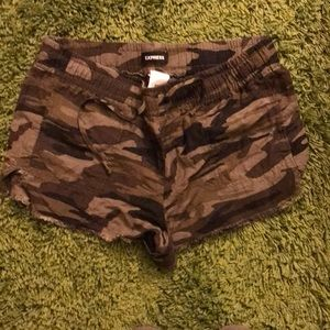 Express Linen Camouflage Shorts